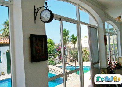 cristalera-vivienda-cortinas-verticales-reades-2