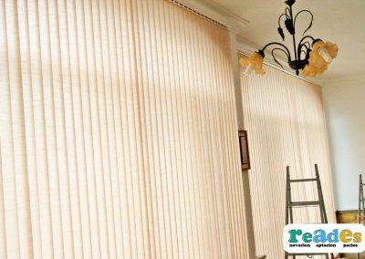 cristalera-vivienda-cortinas-verticales-reades-7