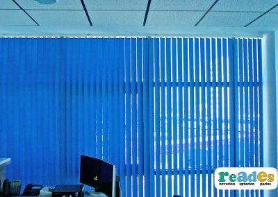 oficina-gibraltar-cortina-vertical-reades-4