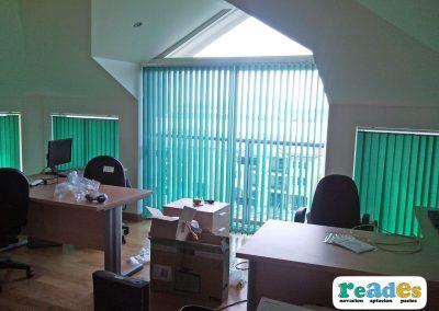 oficinas-gibraltar-cortinas-verticales-reades-4