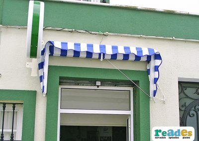 Capota-en-Bar-READES-1